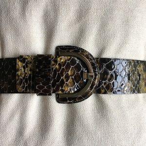 Banana Republic embossed Italian leather belt Sz M
